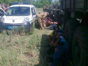 Ukrainian army soldiers detain local unarmed men in Krasny Liman