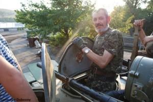 Family fights against nazi Ukrainian army